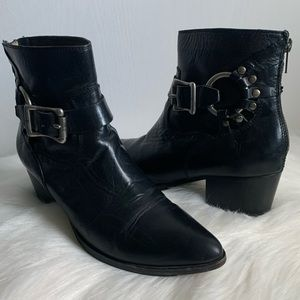 Frye Zoe Ring Short Leather Boot Black- Size 7B